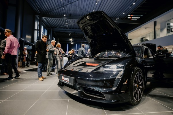 Kronos-Porsche-Day1-95